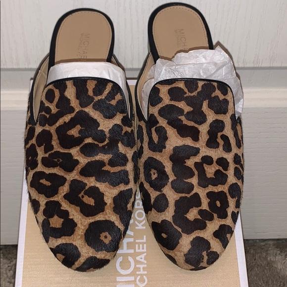 MICHAEL Michael Kors Shoes - EUC‼️ Michael Kors Natasha leopard calf hair slide